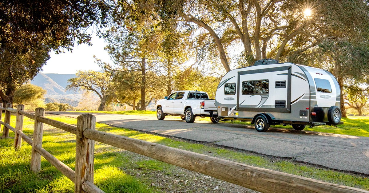 Travel Trailers & Campers