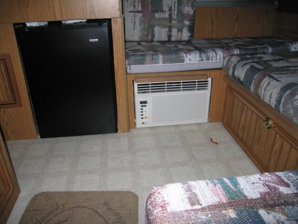 Under-bench Air Conditioners